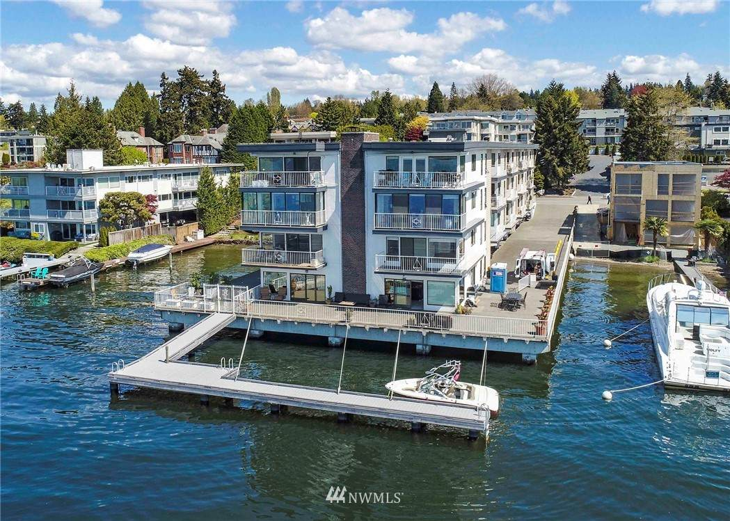 6421 Lake Washington Boulevard - Photo 1