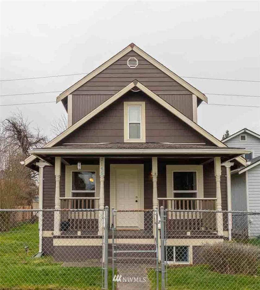 2146 Cushman Avenue - Photo 1