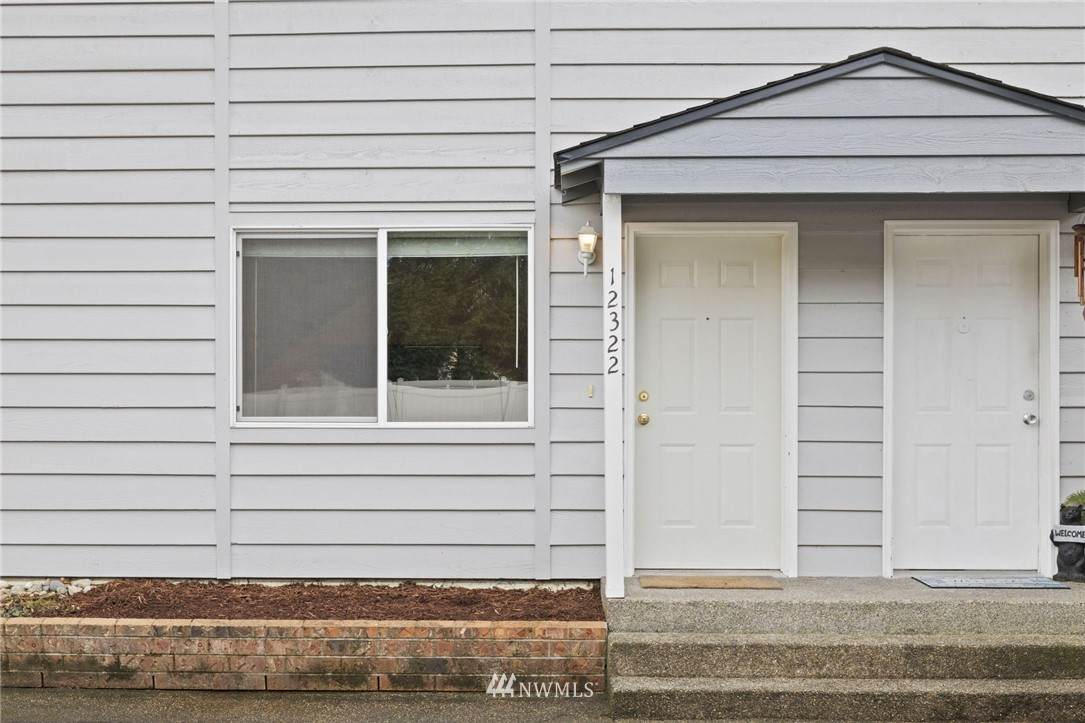 12322 121st Street - Photo 1