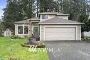 7609 SE 39th Avenue, Lacey, WA 98503 (#1724298) :: Canterwood Real Estate Team