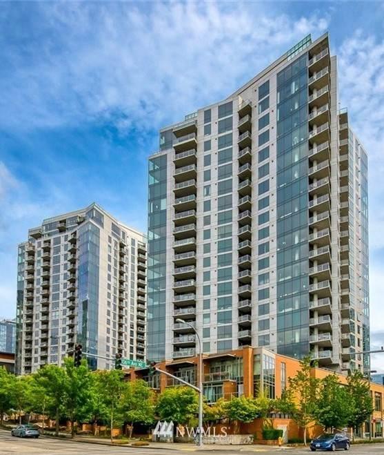 10608 NE 9th Place Th2, Bellevue, WA 98004 (#1724377) :: Pickett Street Properties