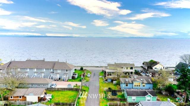 43 Bay View Drive, Point Roberts, WA 98281 (#1725161) :: McAuley Homes