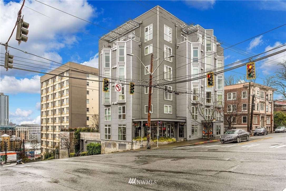 103 Bellevue Avenue - Photo 1