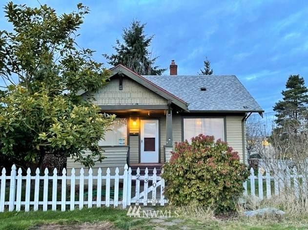 2301 S 25th Street, Tacoma, WA 98405 (#1730206) :: Shook Home Group