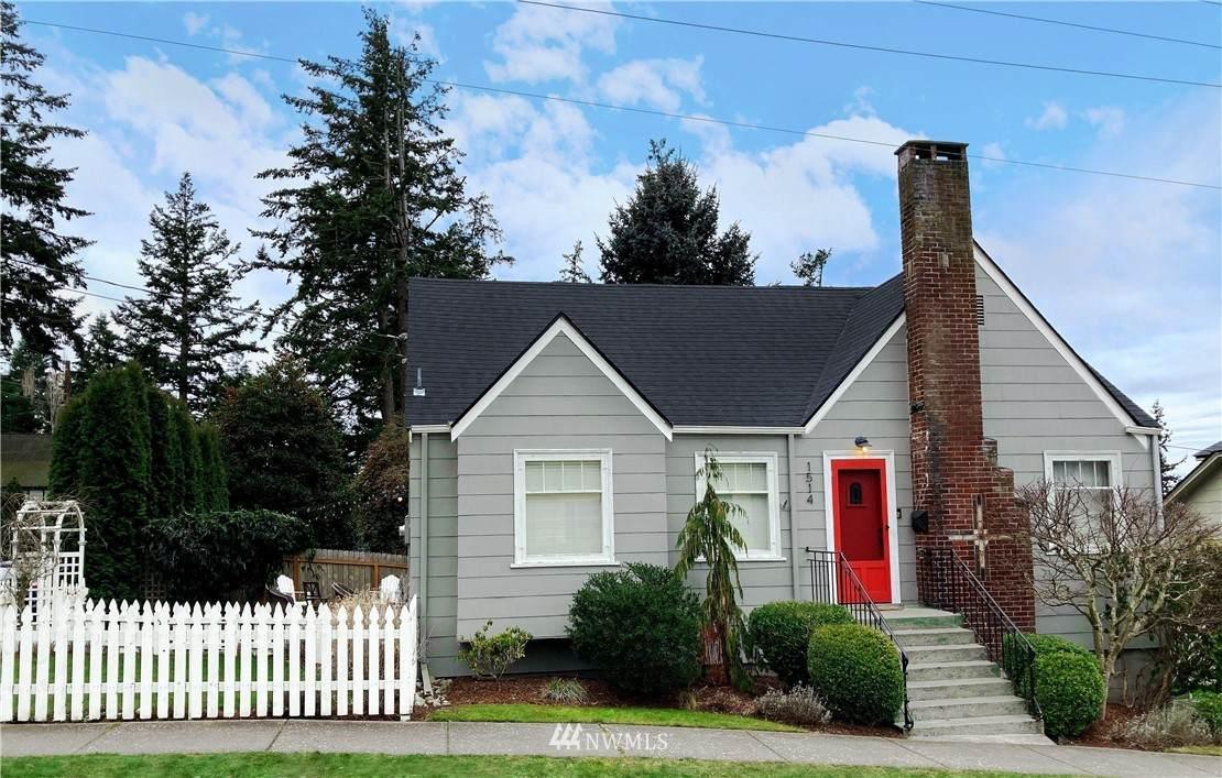 1514 Sycamore Street - Photo 1