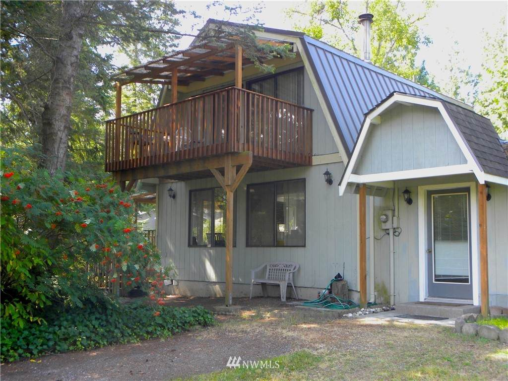 8143 Skeena Way - Photo 1