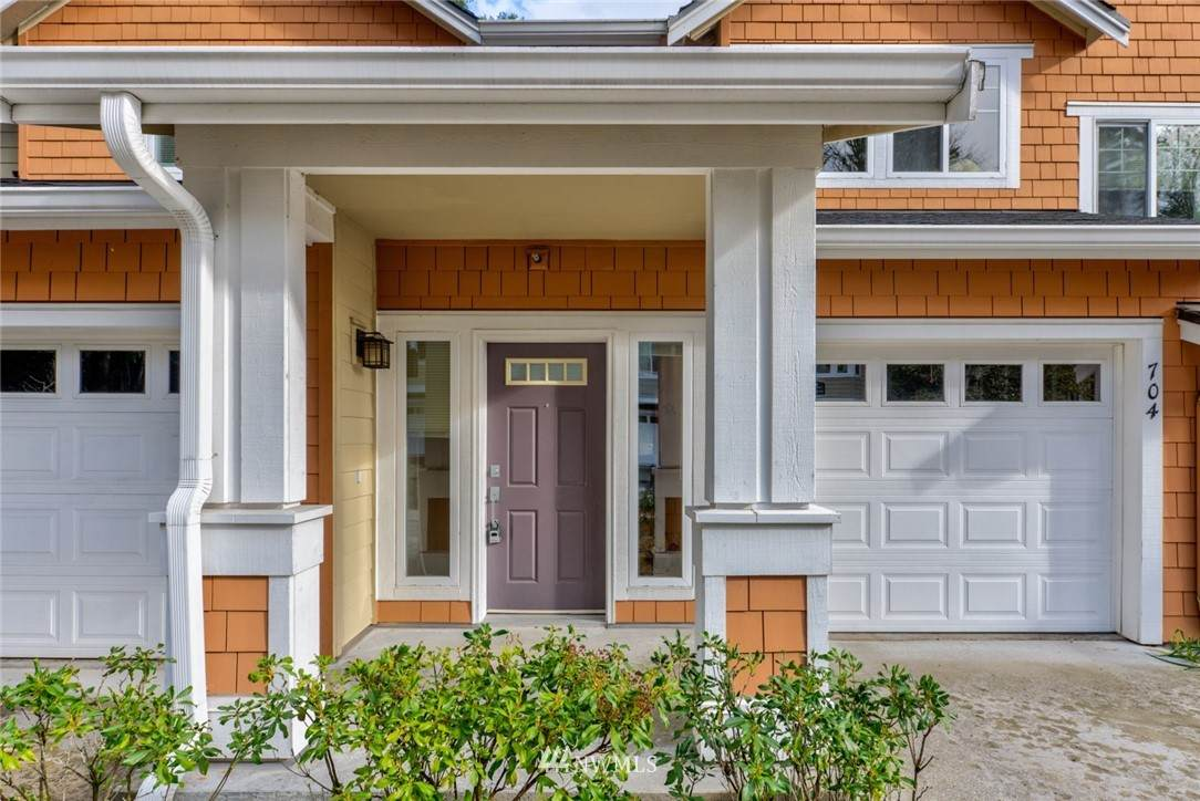 5517 Lakemont Boulevard - Photo 1