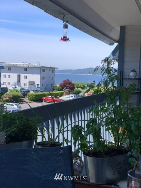 22981 Marine View Drive S D319, Des Moines, WA 98198 (#1733025) :: Commencement Bay Brokers