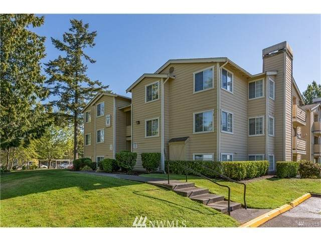 28704 18th Avenue S V 301, Federal Way, WA 98003 (#1733754) :: Canterwood Real Estate Team