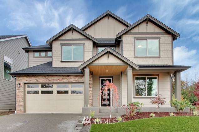 17260 76th Avenue Ct E, Puyallup, WA 98375 (MLS #1734805) :: Brantley Christianson Real Estate