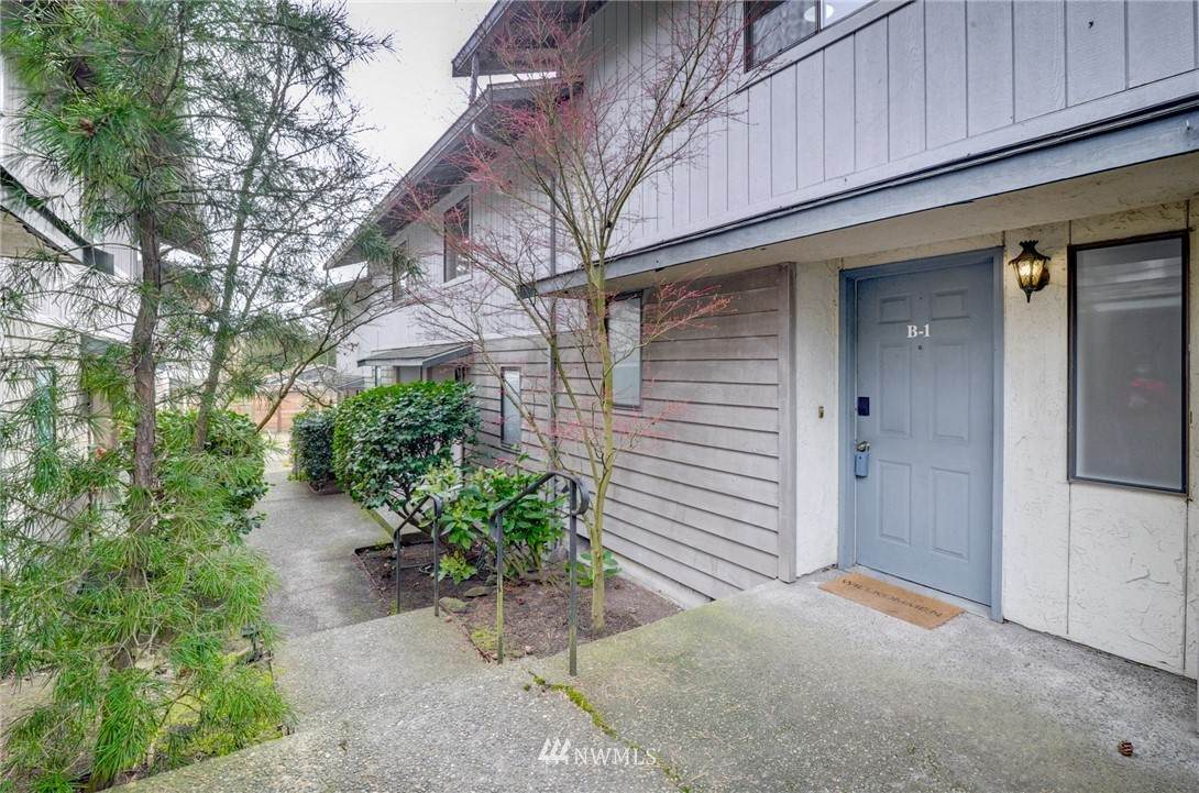 19230 15th Avenue - Photo 1