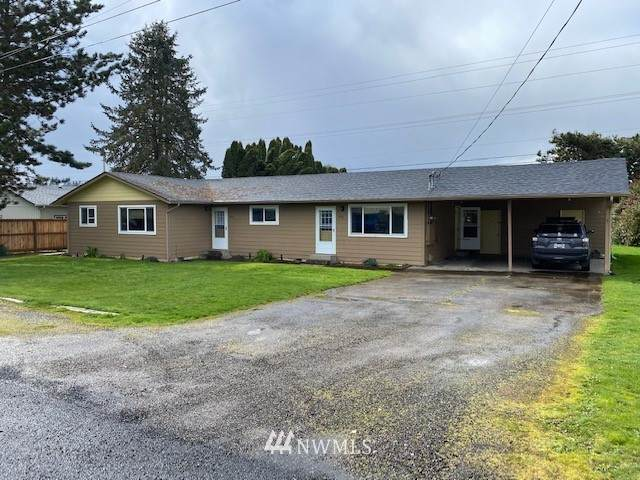 107 Green Acres Drive, Castle Rock, WA 98611 (#1737033) :: Better Properties Real Estate
