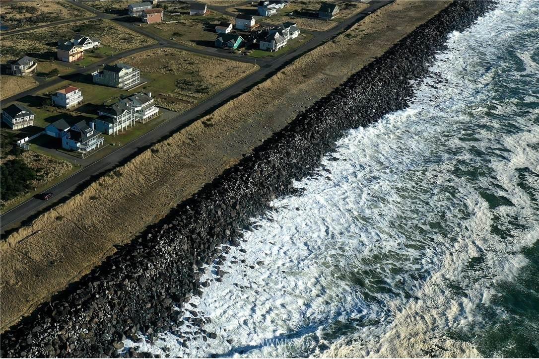 1499 Ocean Shores Boulevard - Photo 1