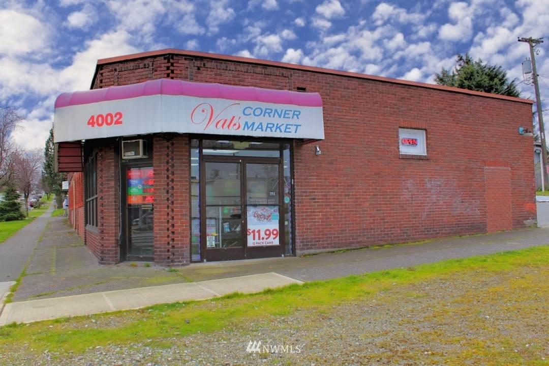 4002 Mckinley Avenue - Photo 1