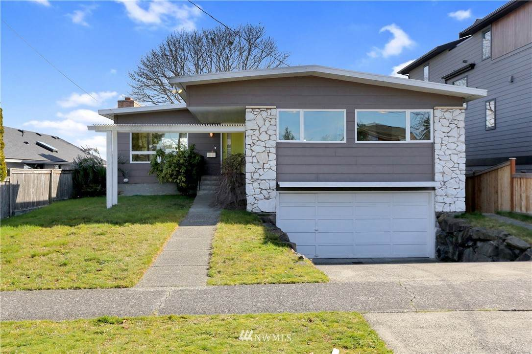 3322 38th Avenue - Photo 1