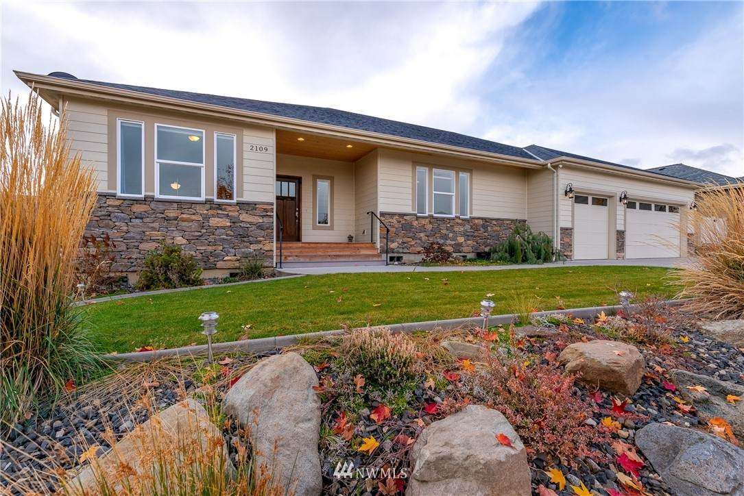 2109 Sage Grouse Road - Photo 1