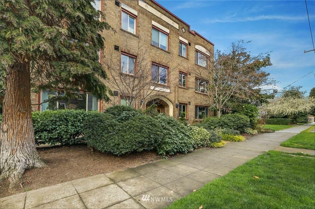 2203 Yale Avenue - Photo 1