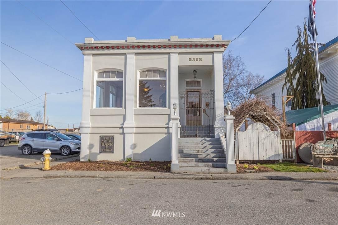 18601 Main Street - Photo 1