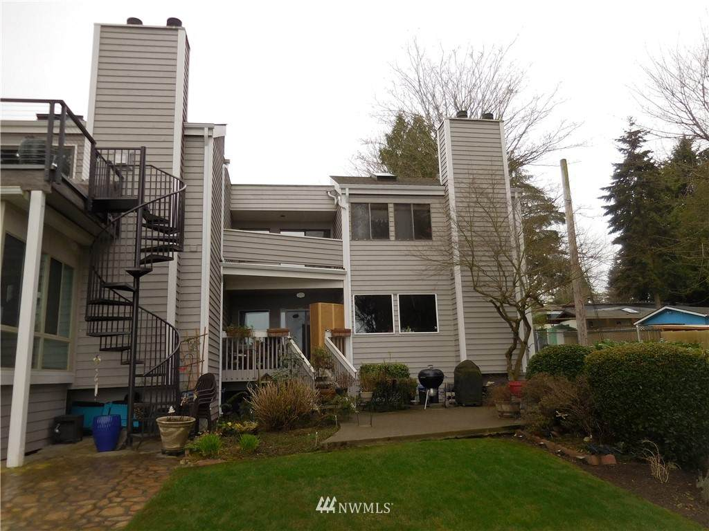 19801 32nd Avenue - Photo 1
