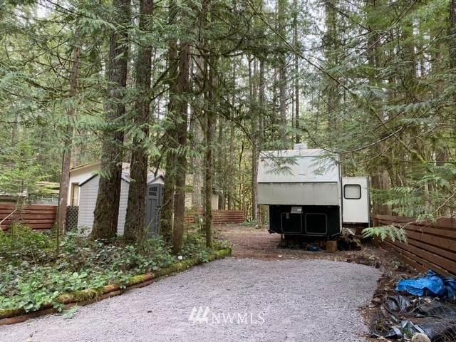 260 Schinn Canyon Ct., Deming, WA 98266 (#1744564) :: Northwest Home Team Realty, LLC