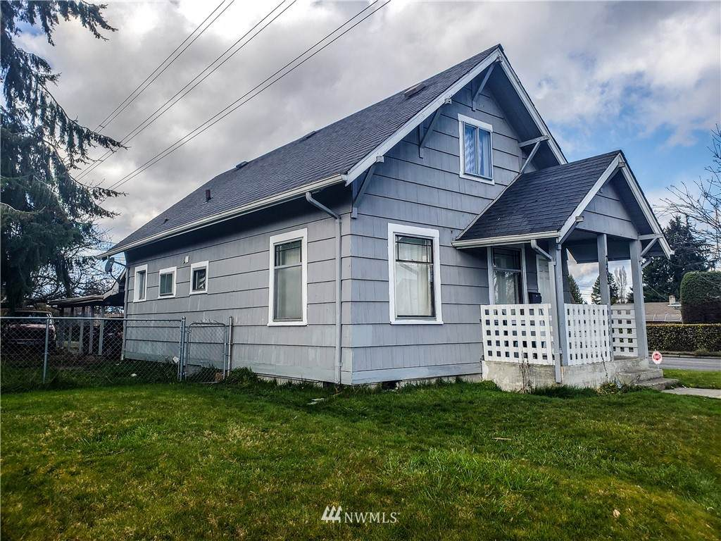 7202 Tacoma Avenue - Photo 1