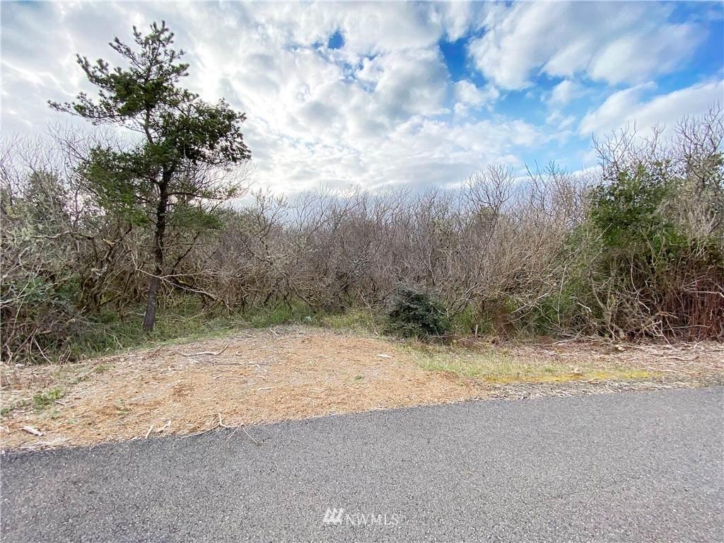123 Beachwood Loop - Photo 1