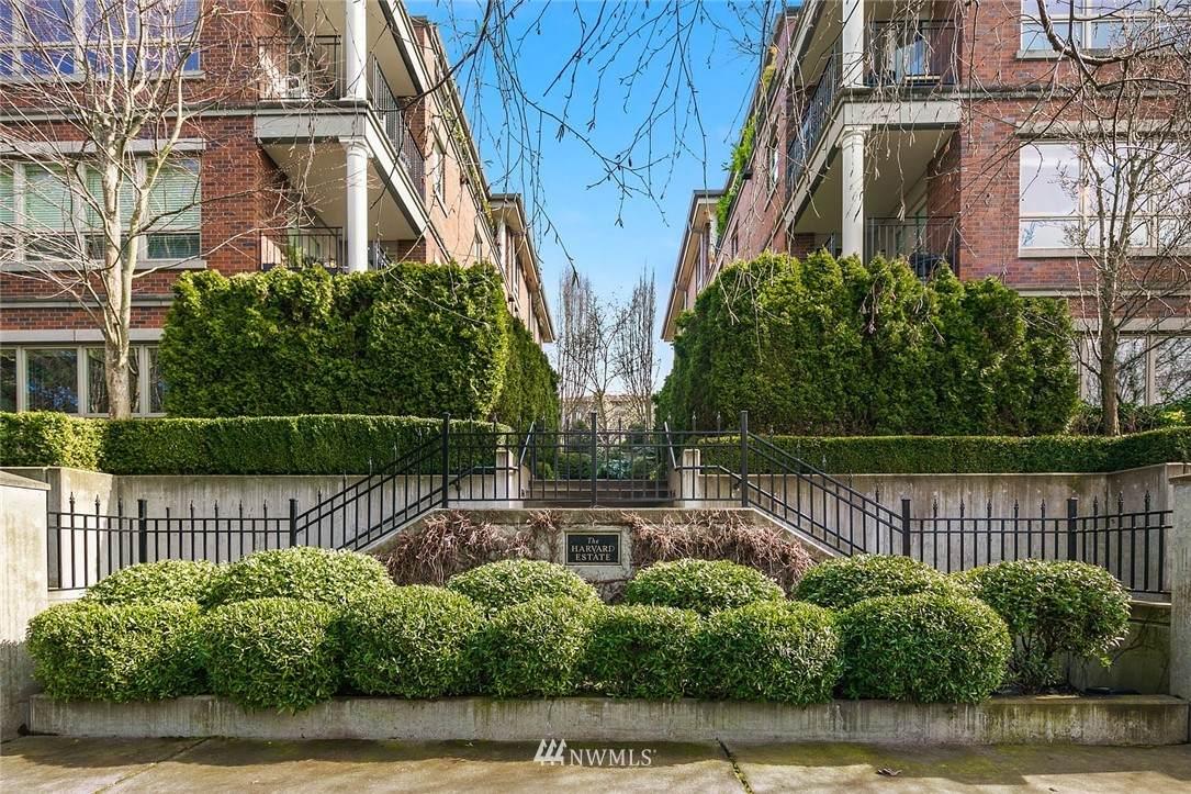 726 Boylston Avenue - Photo 1