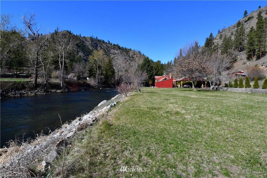 8811 Entiat River Road - Photo 1