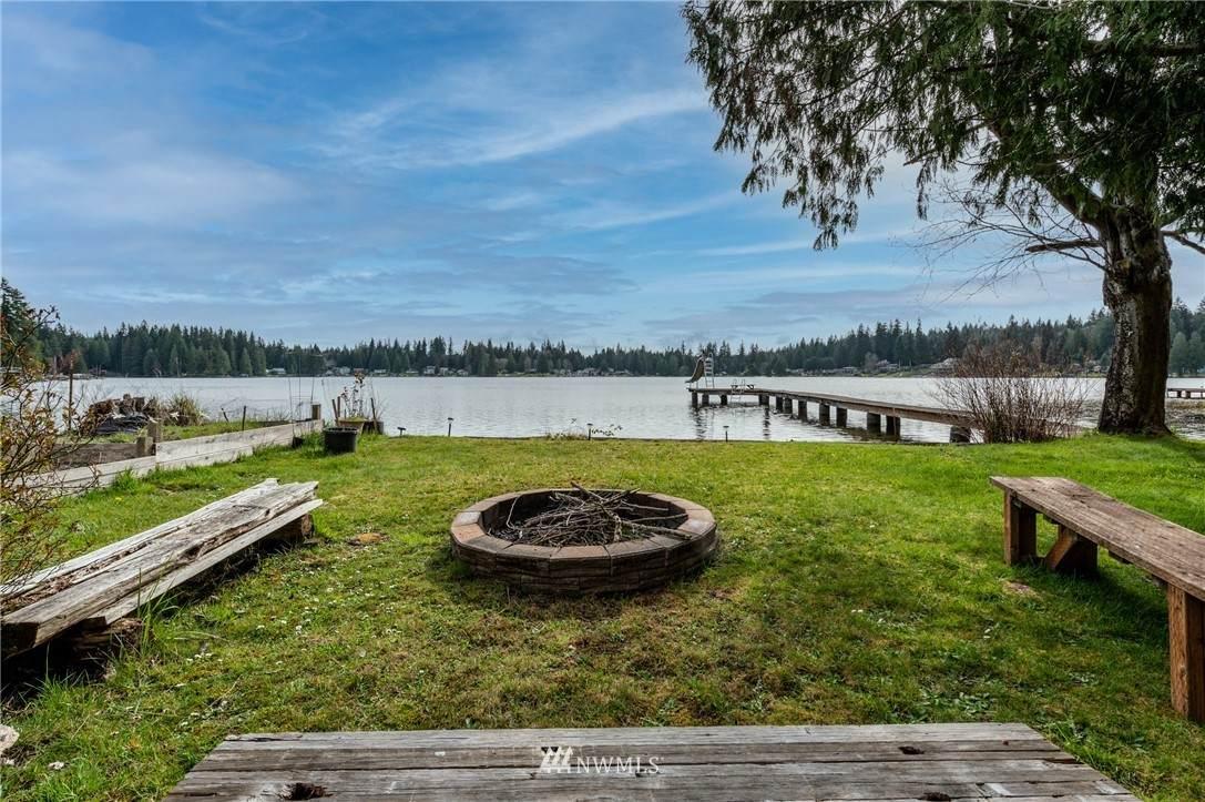15022 Lake Goodwin Road - Photo 1