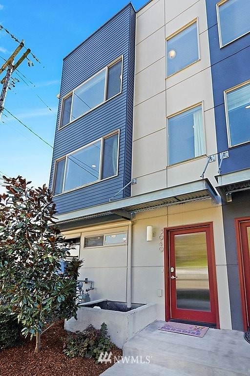 3949 SW Oregon Street, Seattle, WA 98116 (#1755773) :: M4 Real Estate Group