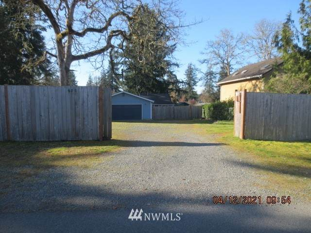 620 166th Street S, Spanaway, WA 98387 (#1756831) :: Ben Kinney Real Estate Team