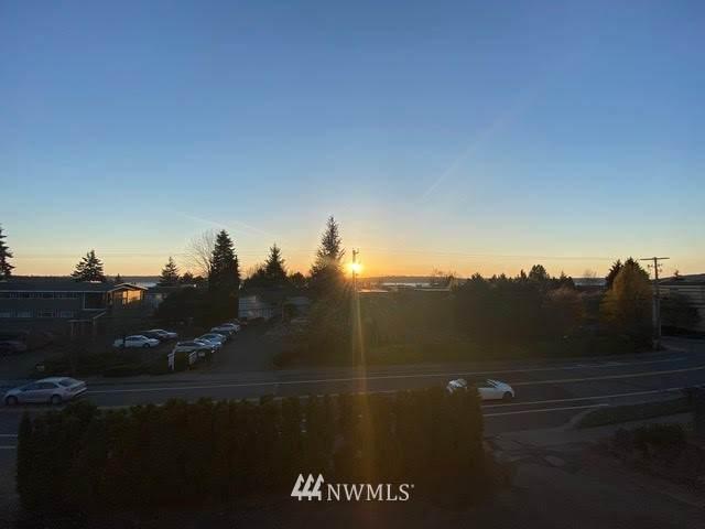 6018 Lakeview Drive #203, Kirkland, WA 98033 (#1758770) :: Better Properties Real Estate