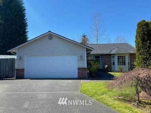 12217 NE 169th Street, Bothell, WA 98011 (#1758973) :: M4 Real Estate Group