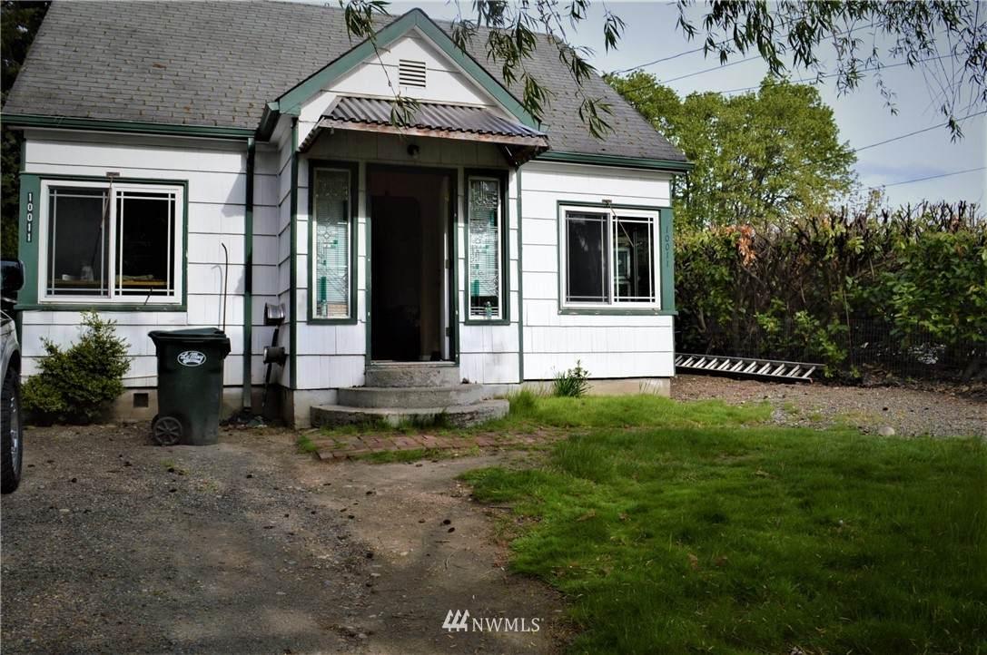 10011 Patterson Street - Photo 1