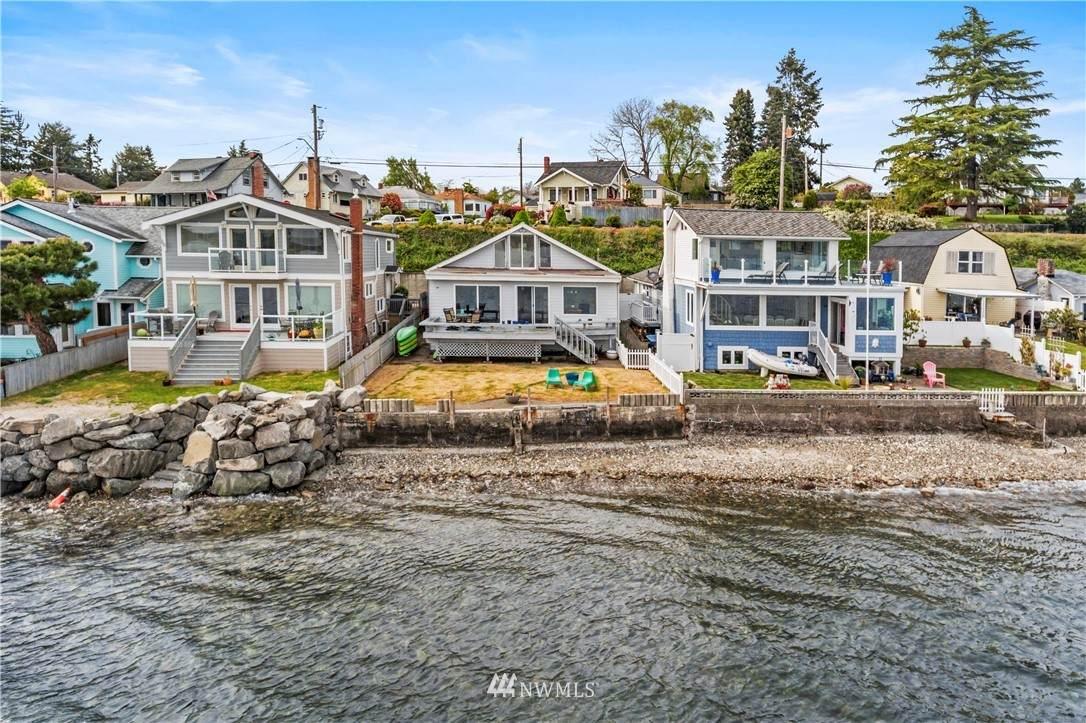607 Shore Drive - Photo 1