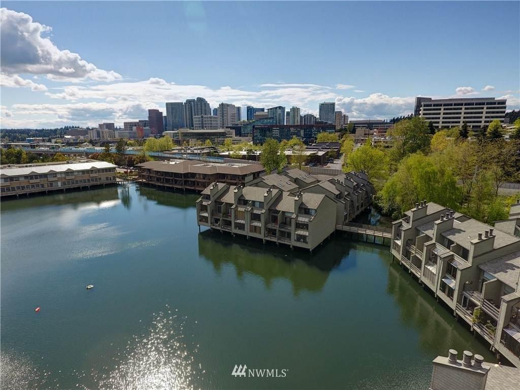 4 Lake Bellevue Drive - Photo 1