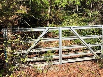 99 Larch Road, Quilcene, WA 98376 (#1766941) :: Ben Kinney Real Estate Team