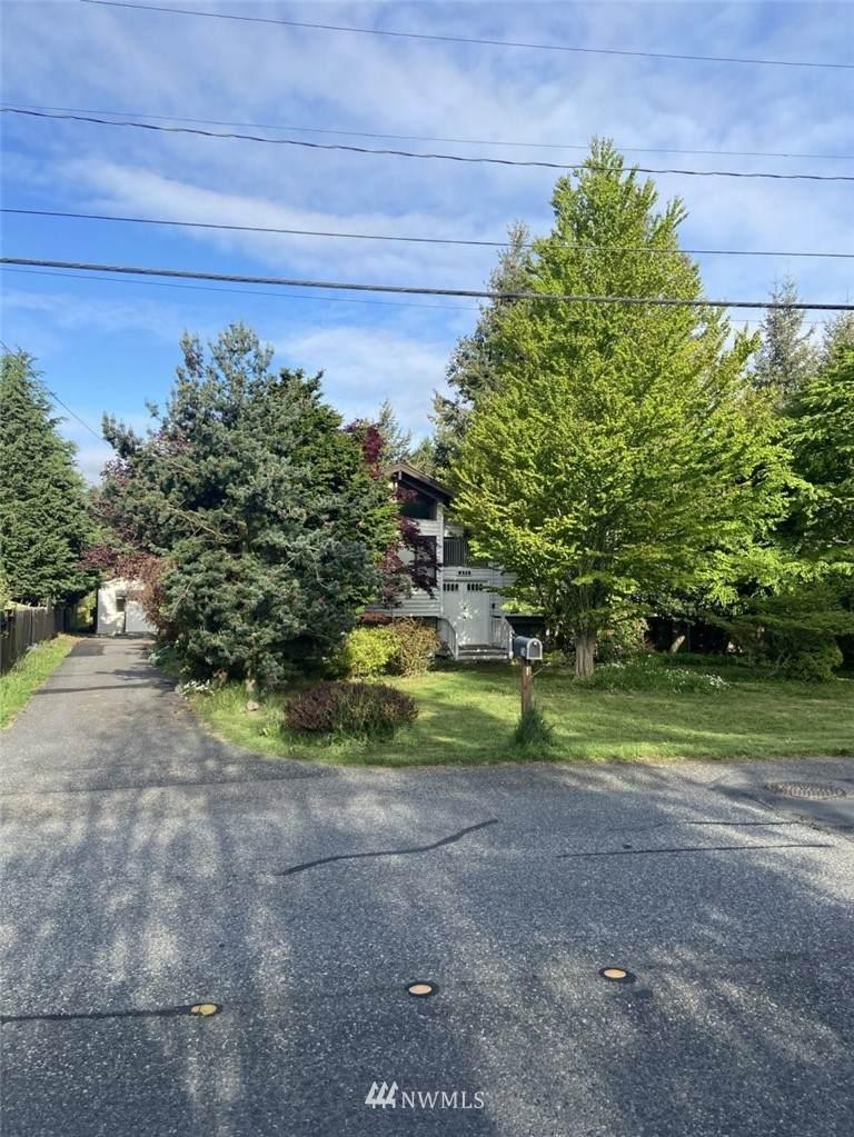 2516 Cedarwood Avenue - Photo 1