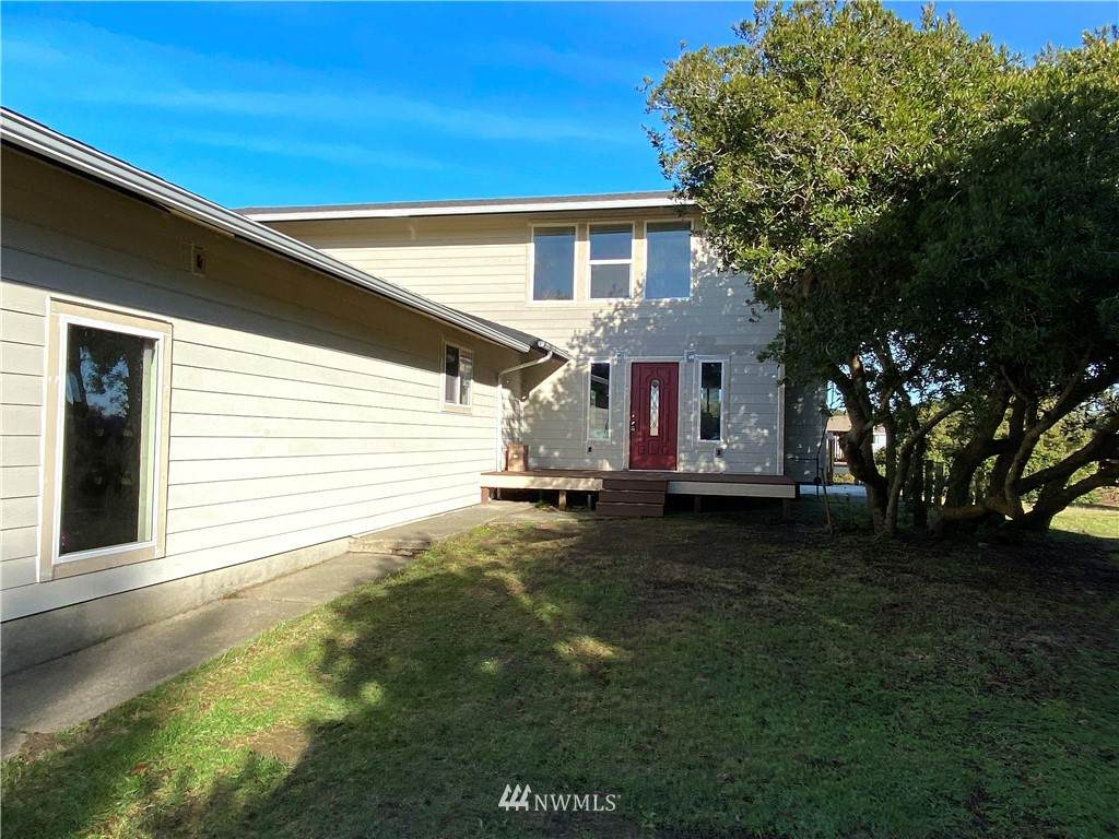 156 Seabreeze Loop - Photo 1