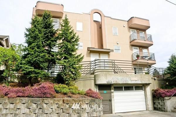 3216 14th Avenue W #203, Seattle, WA 98119 (#1769601) :: Lucas Pinto Real Estate Group
