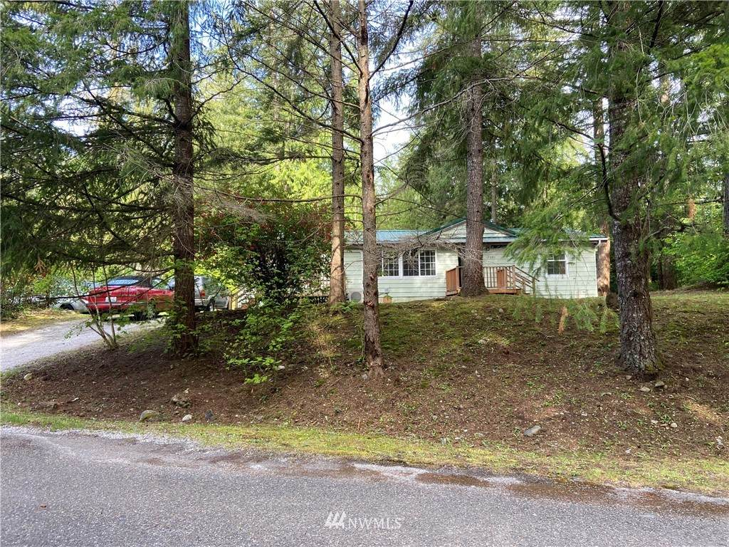 2621 Clear Valley Drive - Photo 1