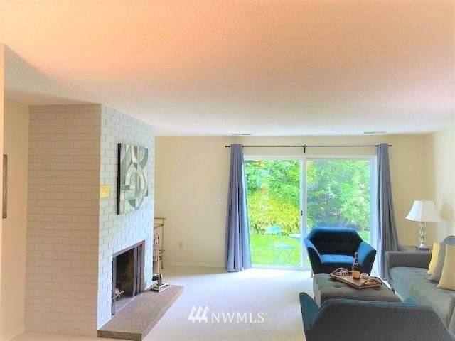 21529 4th Avenue W C34, Bothell, WA 98021 (#1771164) :: Ben Kinney Real Estate Team