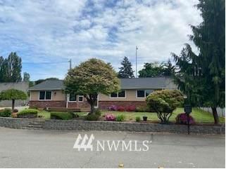 2716 Meadow Ave N, Renton, WA 98056 (MLS #1772043) :: Community Real Estate Group