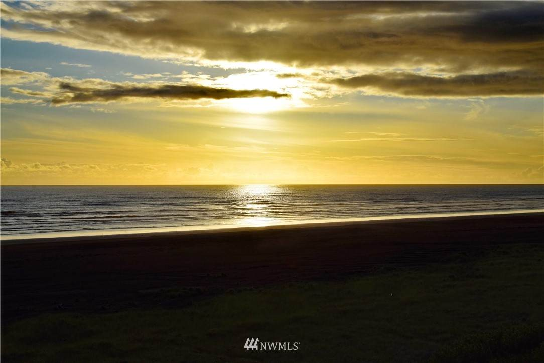 367 Sand Dune Avenue - Photo 1