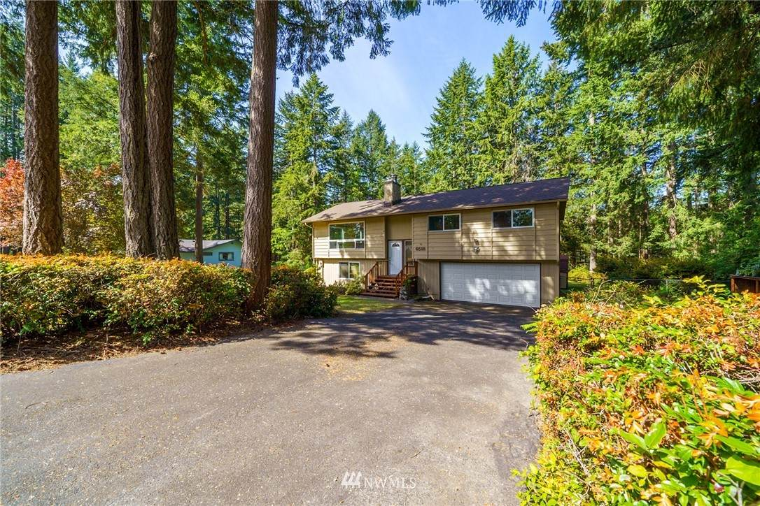 6518 Valley View Drive - Photo 1