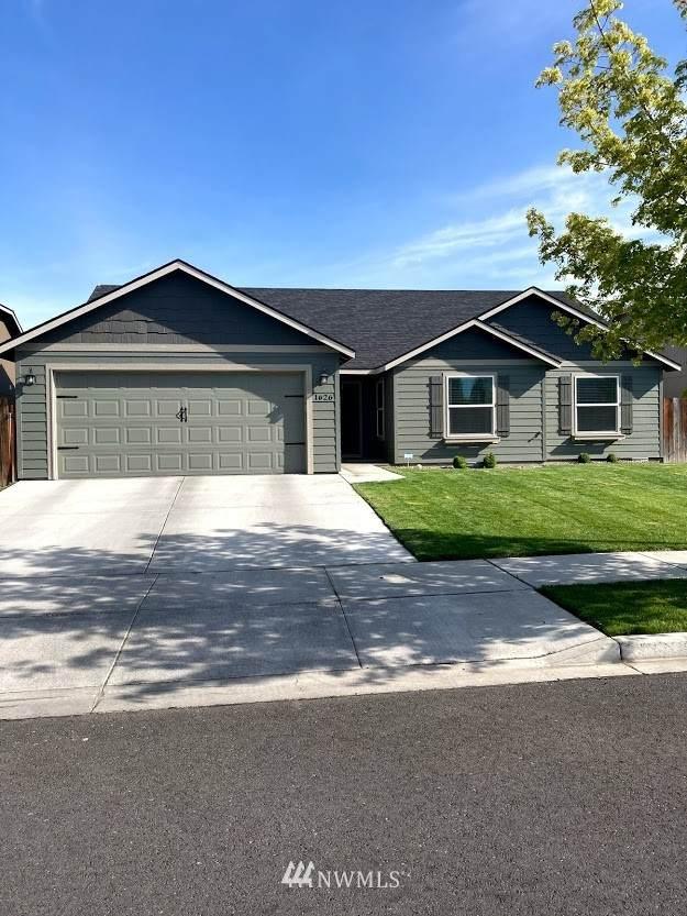 1626 E Filmore Drive, Moses Lake, WA 98837 (#1774949) :: Hauer Home Team