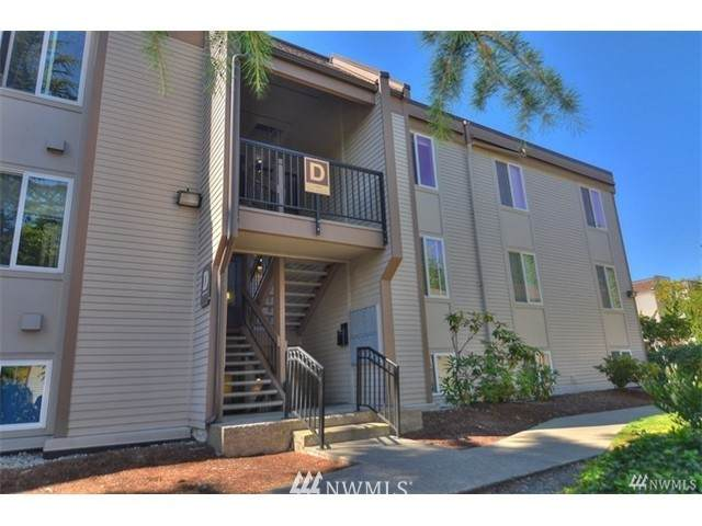 14640 NE 32nd Street D22, Bellevue, WA 98007 (#1774950) :: Northwest Home Team Realty, LLC