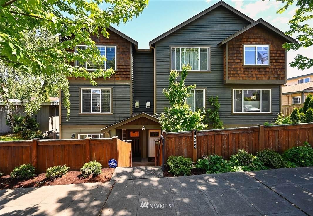10544 Midvale Avenue - Photo 1