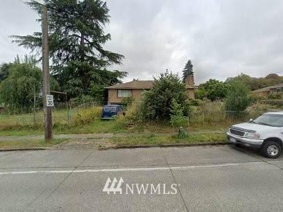 5605 S Roxbury Street, Seattle, WA 98118 (#1781400) :: Better Homes and Gardens Real Estate McKenzie Group