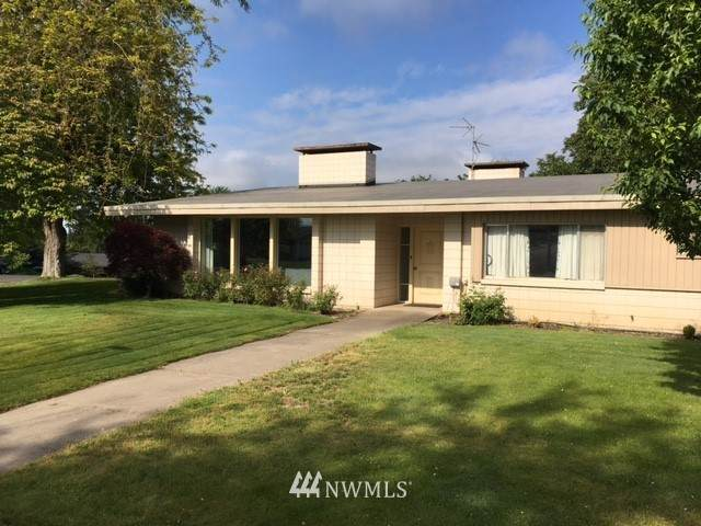 393 SE Highland Park Drive, College Place, WA 99324 (#1784165) :: NW Homeseekers